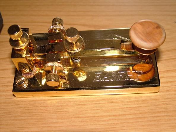 Manipulador de telegrafia atorgat a EA3FHP